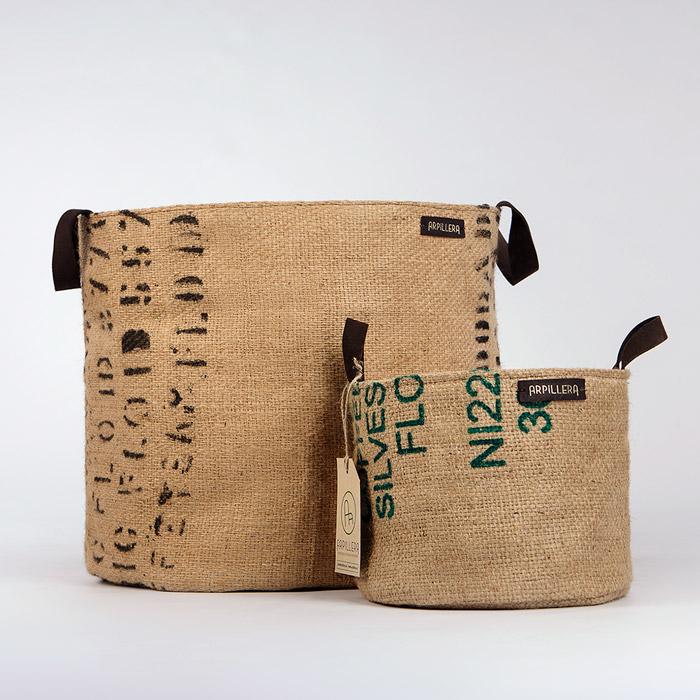 bolsos artesanales hechos en tela de saco