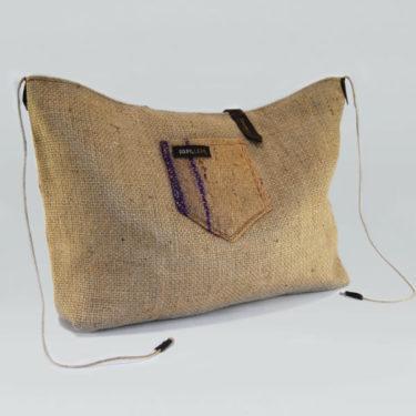Bolso hecho de sacos de café modelo Arábica Fofest