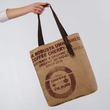Bolso de tela de saco modelo Robusta